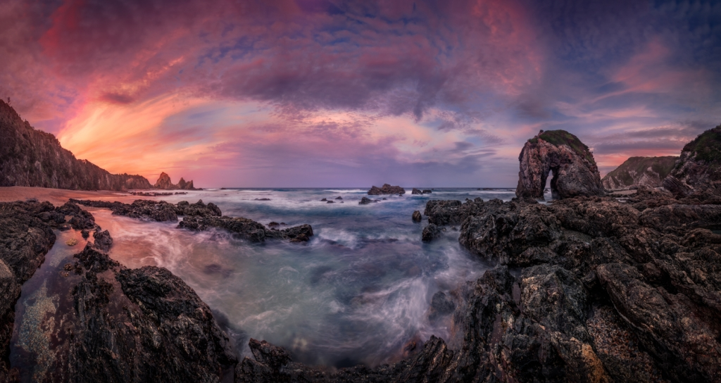 Horse Head Rock, Bermagui, NSW - Award Winning Seascape Panorama Fine Art Print, George Triantafillou Photography