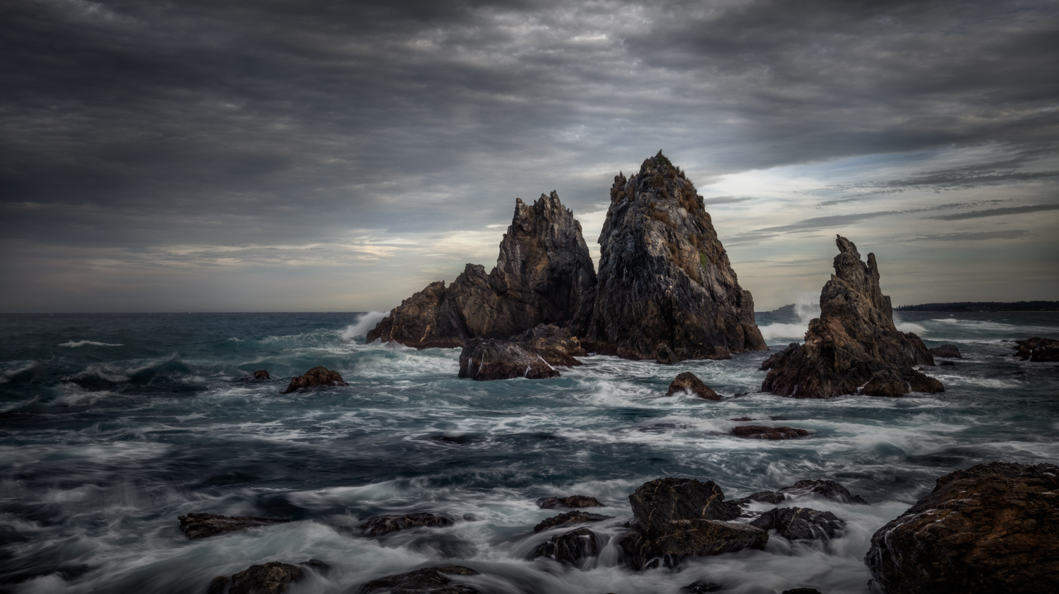 Seascape Photography Workshop Tours - Bermagui, NSW, Australia by George Triantafillou