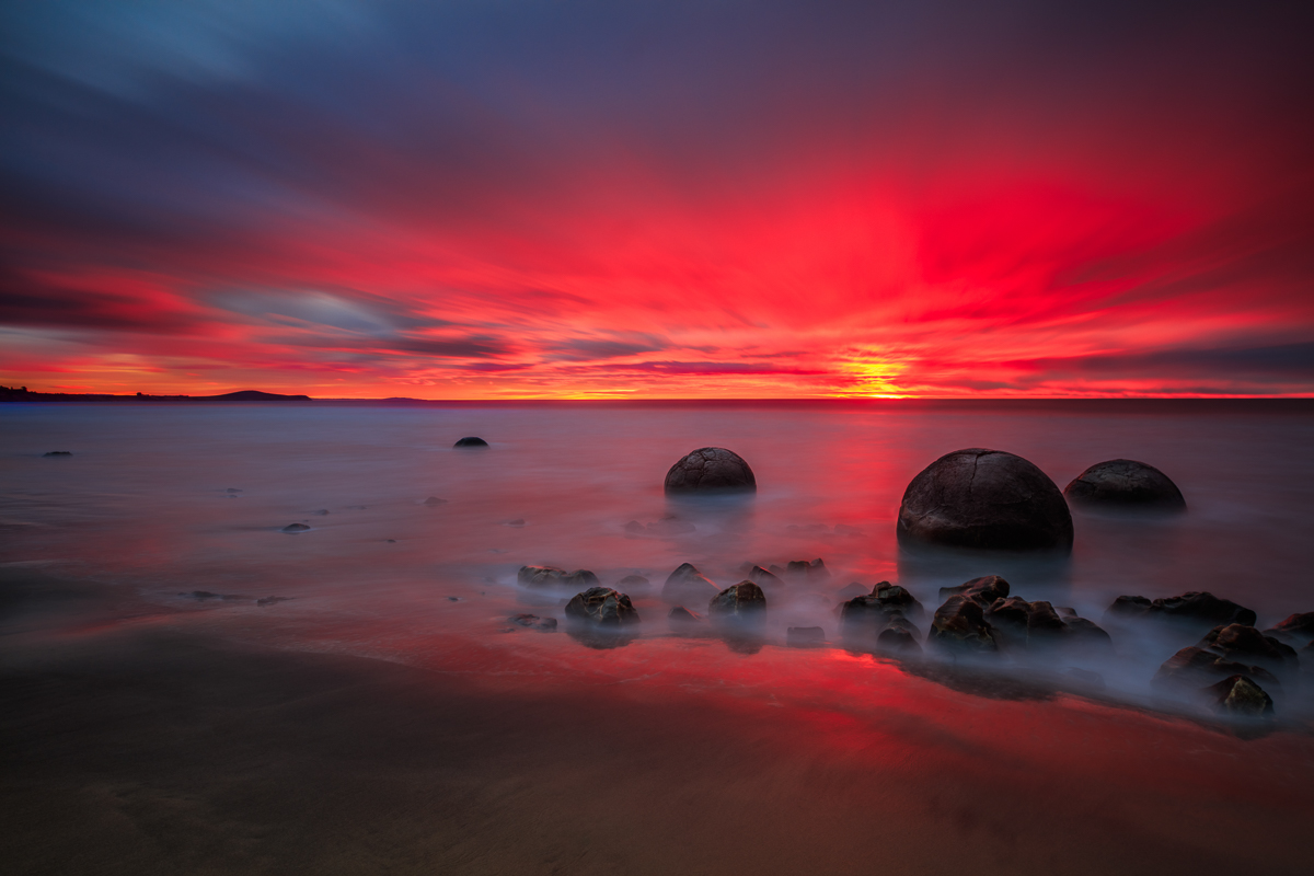 Moeraki Boulder Sunrise Long Exposure, New Zealand 6 day tour | We Are Raw Photography