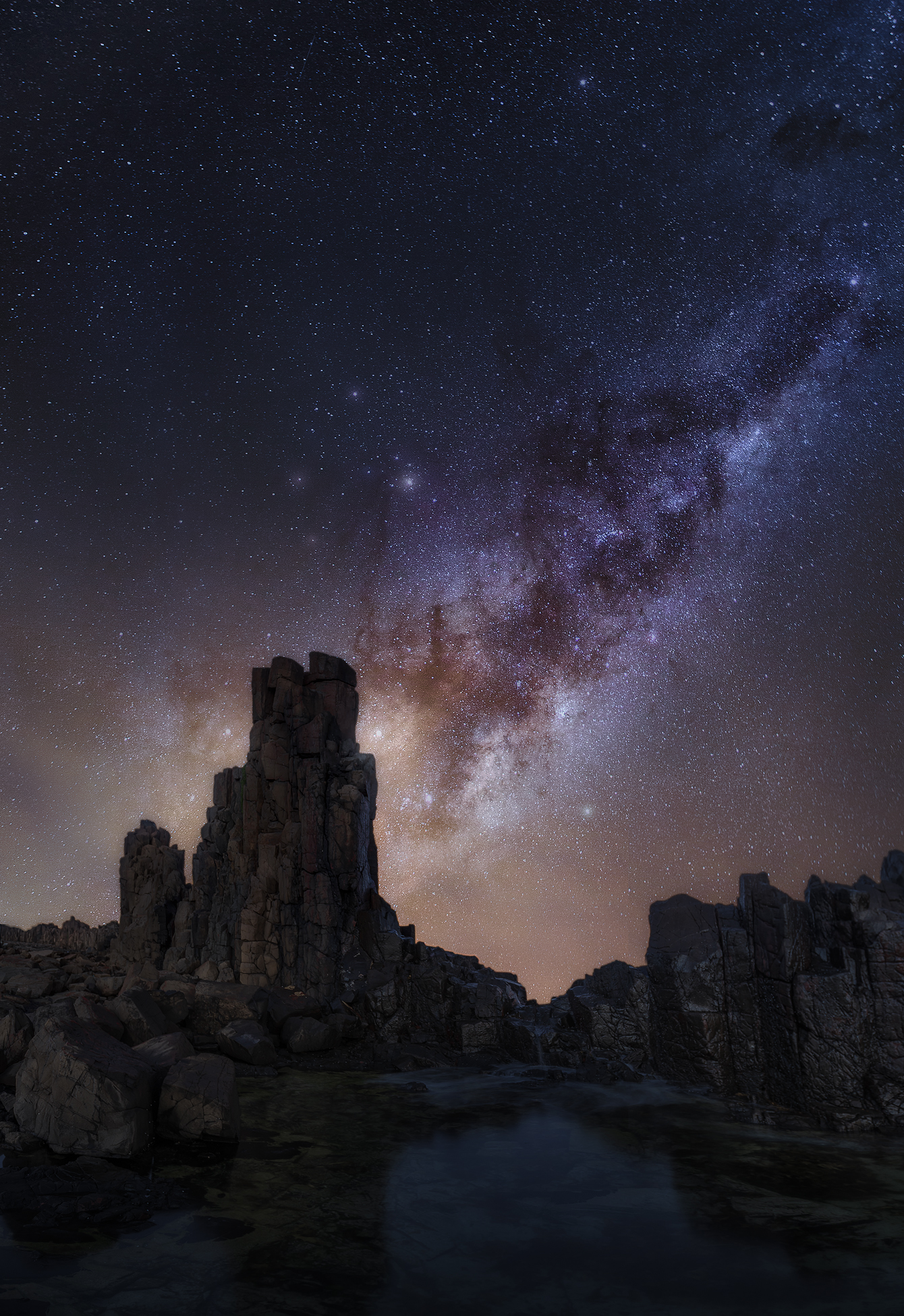 Stargazing at Bombo Quarry, Kiama, NSW | We Are Raw Photography Tours