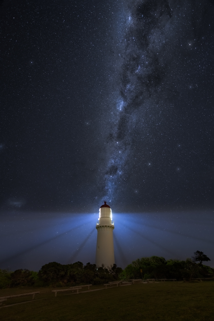 Night Sky Photography Workshop | Milky-Way Cape Schanck Lighthouse | learn with We Are Raw Photography courses