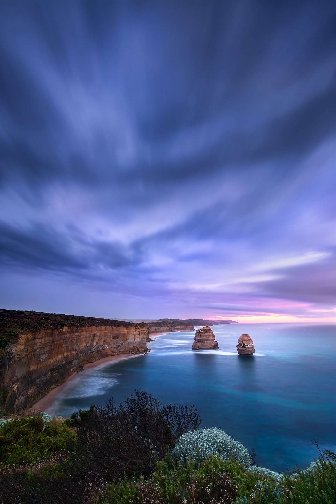 Sunrise at Gibson Steps - Twelve Apostles Lookout, Great Ocean Road, Australia | Holiday with We Are Raw Photography Tours