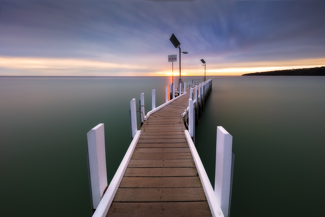 Mornington Peninsula Tour - Safety Beach Long Exposure Photography | We Are Raw Photography Photo by Viva Karolina